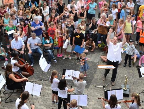 Grünberg: Projektwochenabschluss an der Theo-Koch-Schule Grünberg: hier das Konzert des Schulorchestes.(Foto: tb)